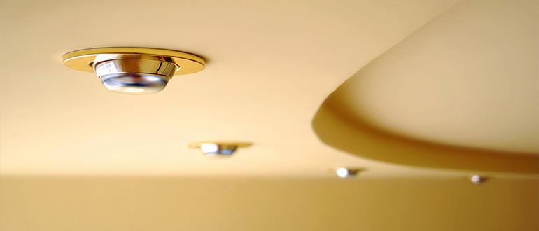 Характеристики потолочных точечных светильников